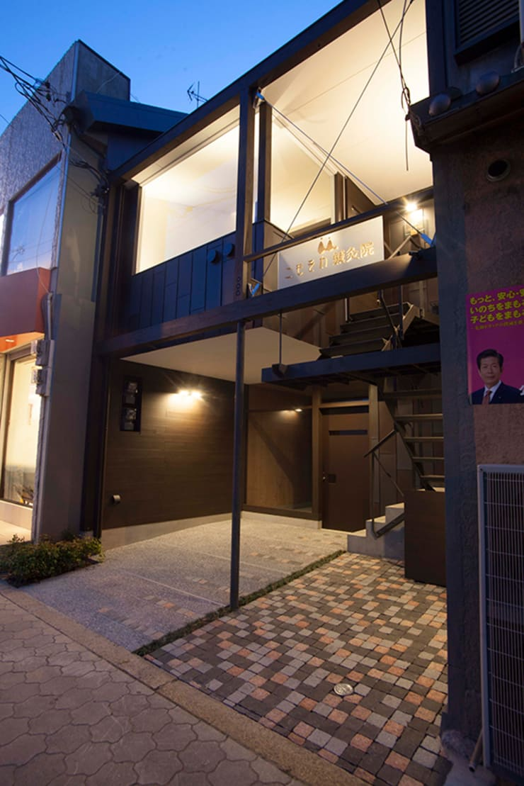 こもそわ鍼灸院: ADS一級建築士事務所が手掛けたオフィススペース&店です。