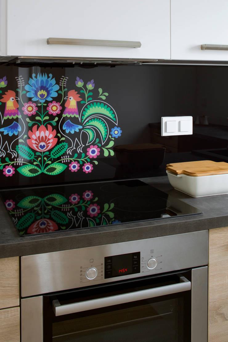 Łowicki styl: styl , w kategorii Kuchnia zaprojektowany przez Urządzamy pod klucz