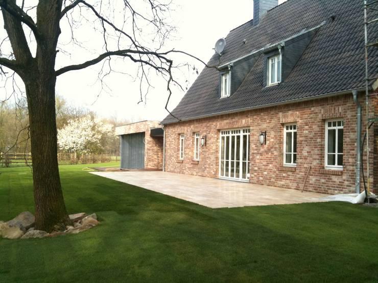 Revitalisierung Haus K. Viersen: landhausstil Häuser von kg5 architekten