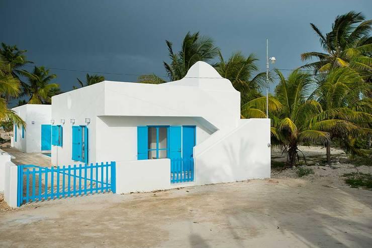 Casas de estilo  por Arq Mobil