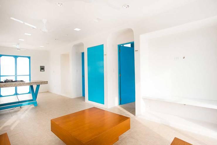 Villas Chuburná Puerto: Salas de estilo  por Arq Mobil