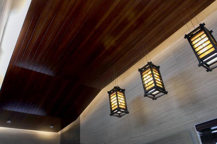 Proyectos de Luz: Baños de estilo  por Arq Mobil