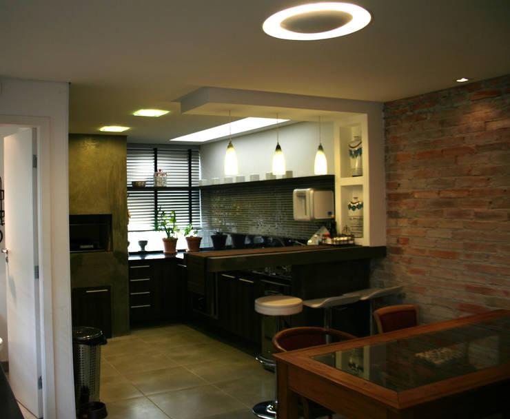 Дома в . Автор – Moradaverde Arquitetura, Модерн