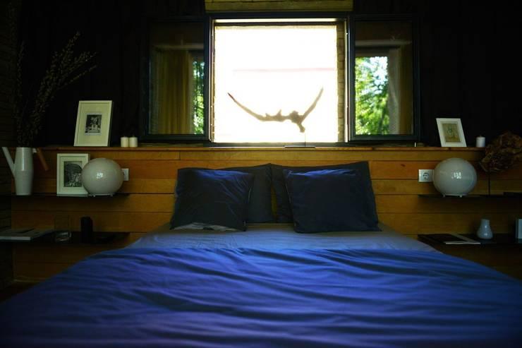 спальня база отдыха: Спальни в . Автор – Архитектурная студия Чадо