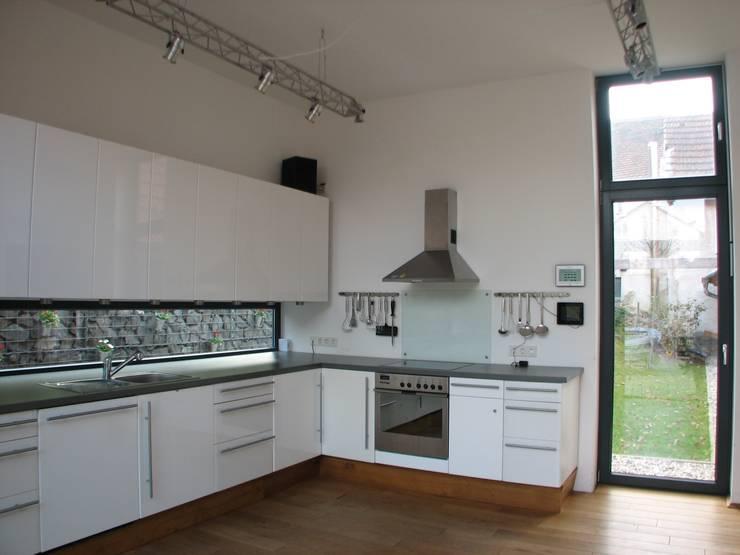 Revitalisierung Haus Z. Marburg:  Küche von kg5 architekten