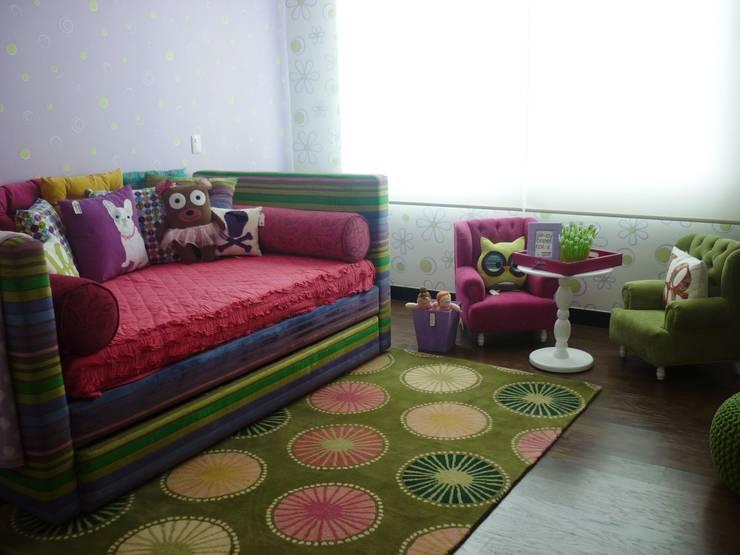 Area : Habitaciones infantiles de estilo  por Artmosfera Kids