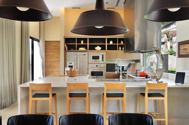 I migliori sgabelli in legno per sala e cucina for Sgabelli in legno per cucina