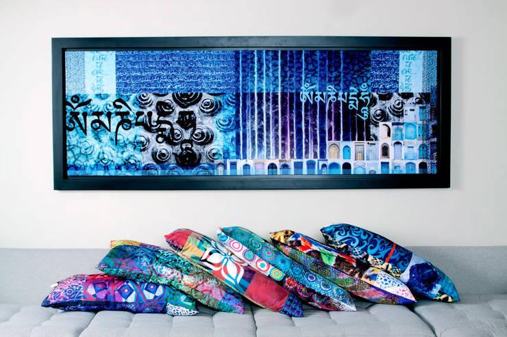 Hostal_18: Casas de estilo  por 11:11 Arte Contemporaneo