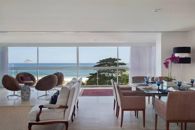 APARTAMENTO SÃO CONRADO: Salas de jantar  por Froma Arquitetura,
