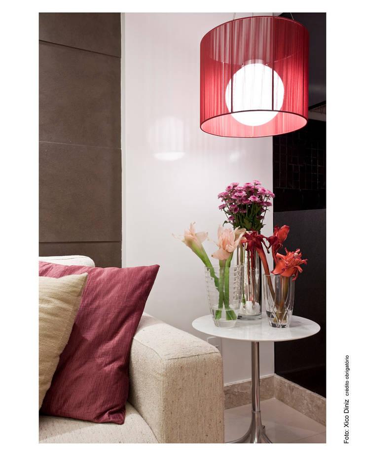 Livings de estilo  por Wesley Lemos Arquitetura & Design, Moderno