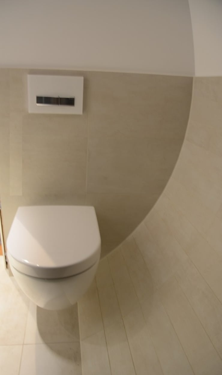Naturstein und Fliesen aus aller Welt:  Badezimmer von Ulrich holz -Baddesign,Ausgefallen Fliesen