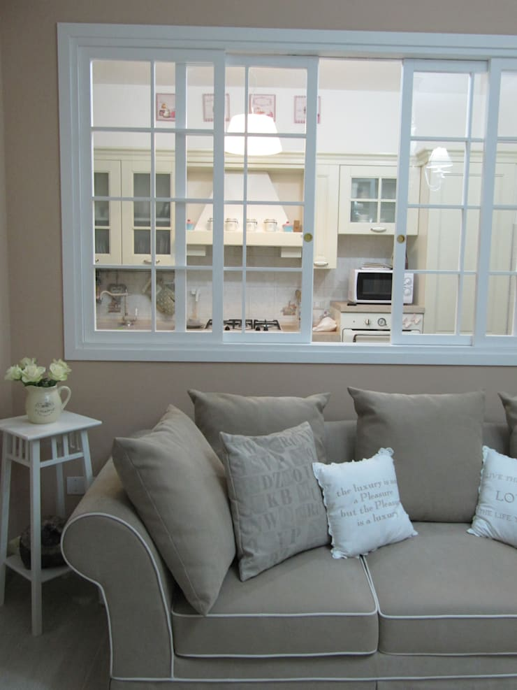 غرفة المعيشة تنفيذ Cozzi Arch. Mauro