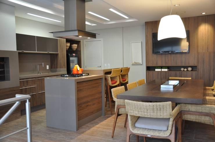 Cocinas de estilo  por Varinia Schwartz Arquitetura & Interiores