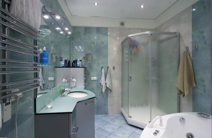 Реализованный проект интерьеров квартиры 124 кв. метра в ЖК Город солнца: Ванные комнаты в . Автор – интерьеры от частного дизайнера