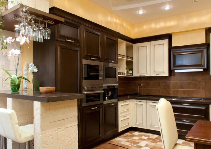 Кухни: Кухни в . Автор – ООО ПрофЭксклюзив Студия дизайна интерьеров,