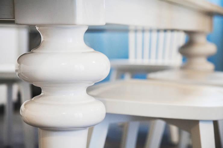 Mediterranean style dining room by Alessandro Corina Interior Designer Mediterranean