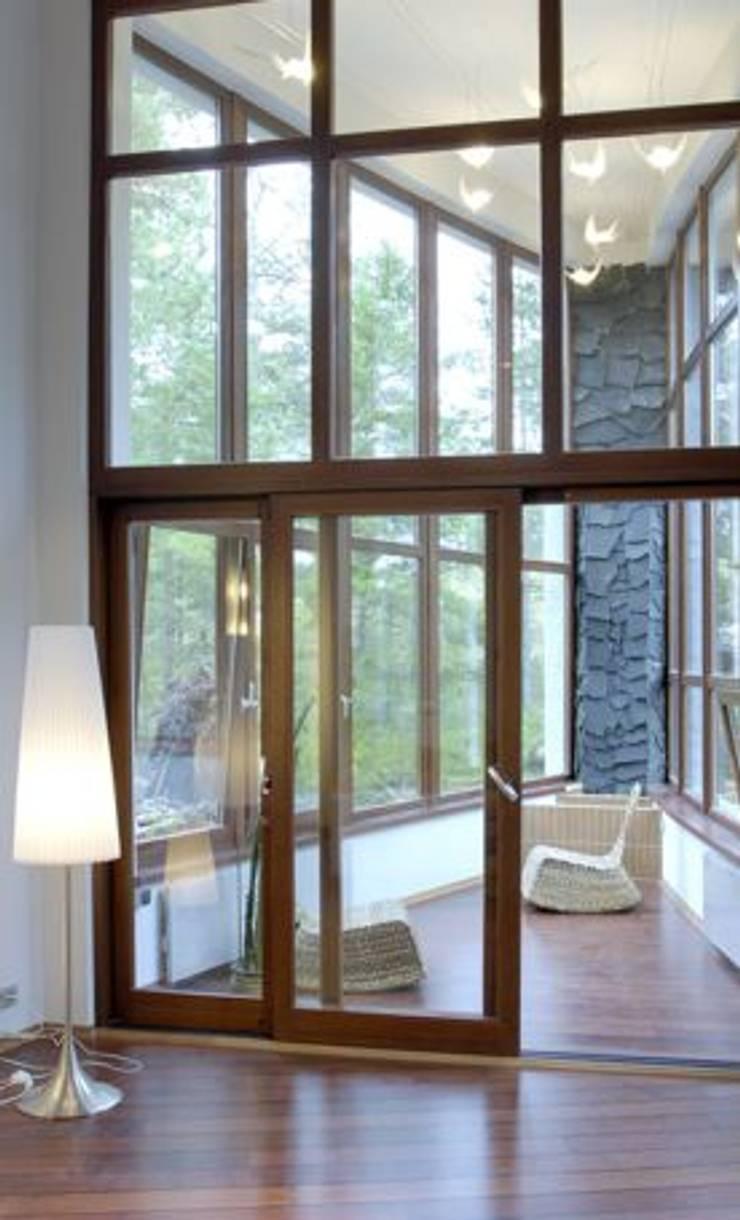 Banana House: styl , w kategorii Ogród zimowy zaprojektowany przez Duende Dominika Brodnicka,Nowoczesny