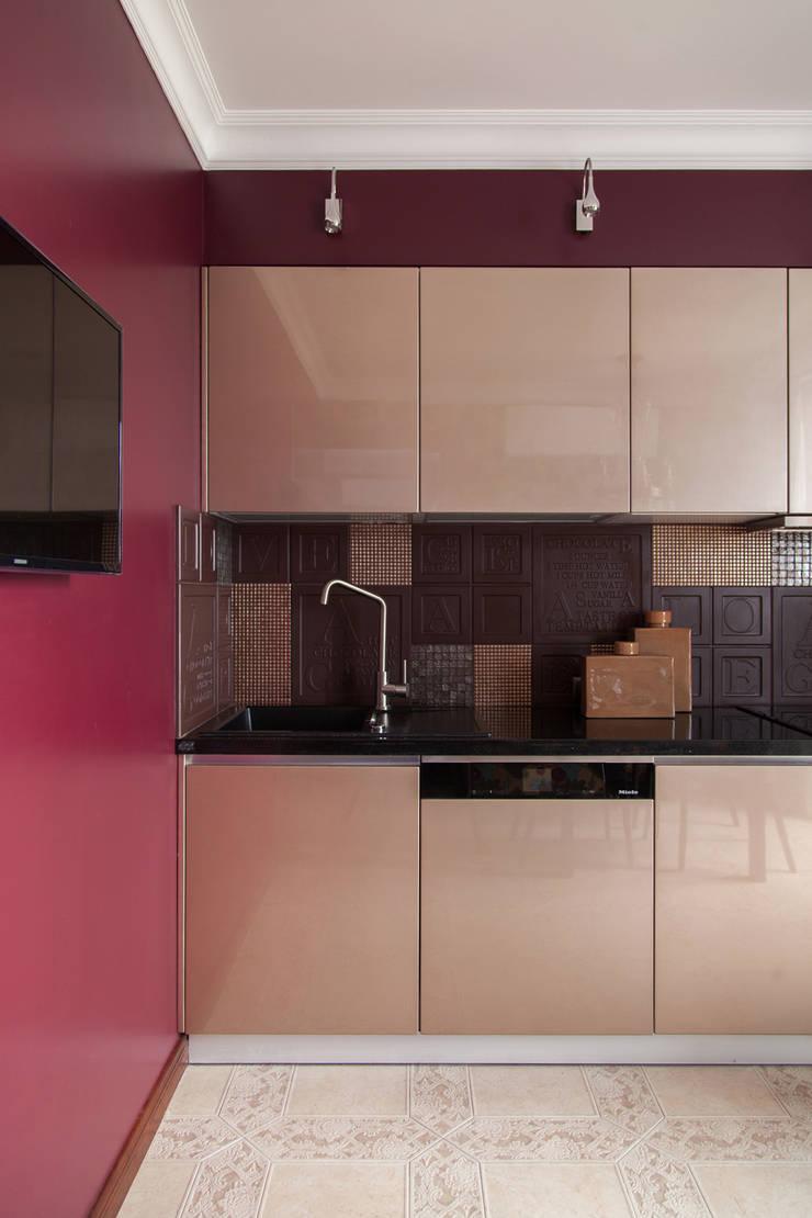 Квартира в Москве 106 кв. м.: Кухни в . Автор – MM-STUDIO