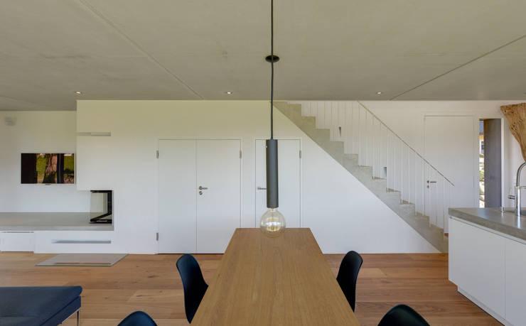 Eetkamer door Möhring Architekten