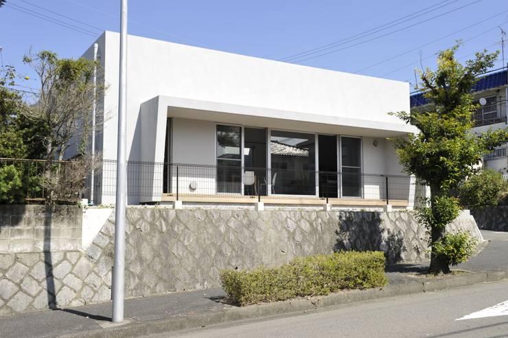 YY-HOUSE: 久安典之建築研究所が手掛けた家です。