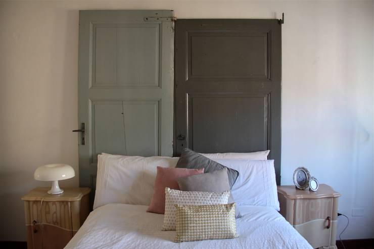 Le realizzazioni di Simona: Camera da letto in stile In stile Country di simomera