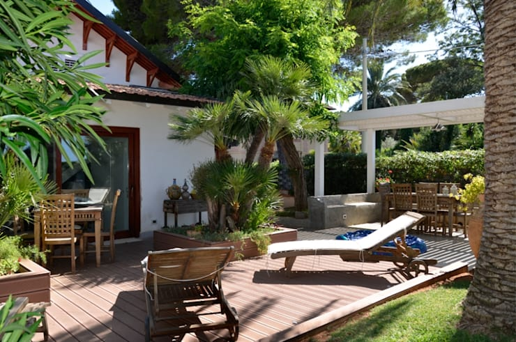 Dettaglio esterno, zona relax: Giardino in stile in stile Moderno di danielainzerillo architetto&relooker
