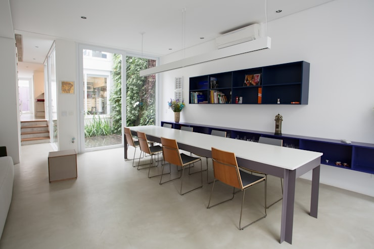 Residência Milani: Salas de jantar  por Belleza & Batalha C do Lago Arquitetos Associados