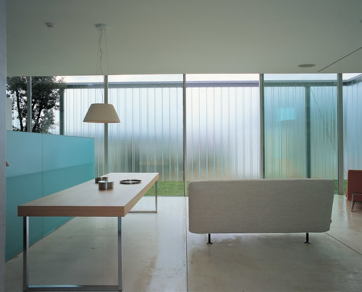 CASA EXPONOR – PROTÓTIPO DE CASA CONTEMPORÂNEA:   por Cannatà & Fernandes arquitectos