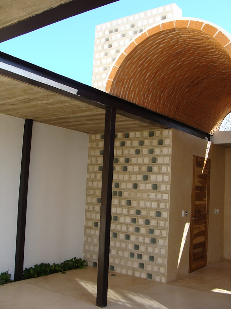 by Arq Mobil Colonial