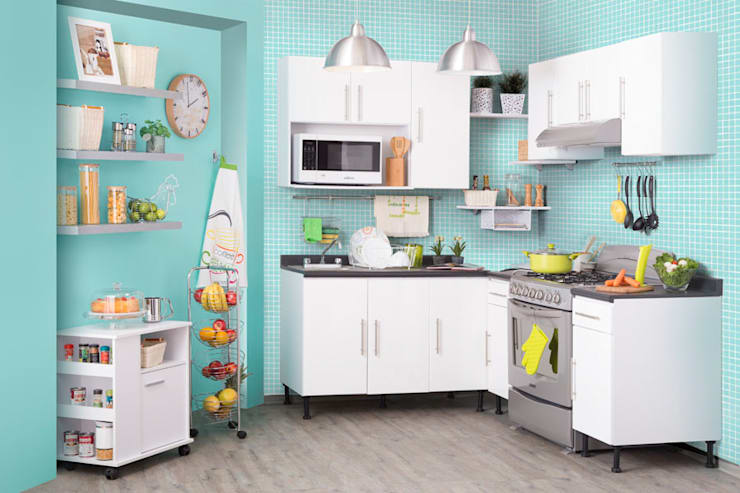 Kitchen by Idea Interior