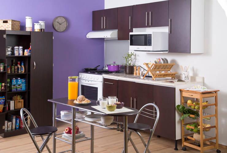 Cucina in stile  di Idea Interior