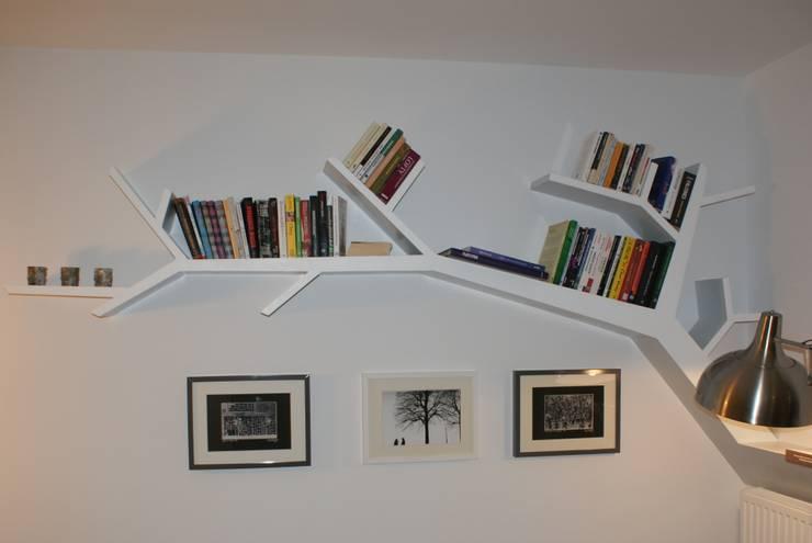 Półka drzewo 290x145x20cm: styl , w kategorii Salon zaprojektowany przez INSPIRUJĄCE PÓŁKI,