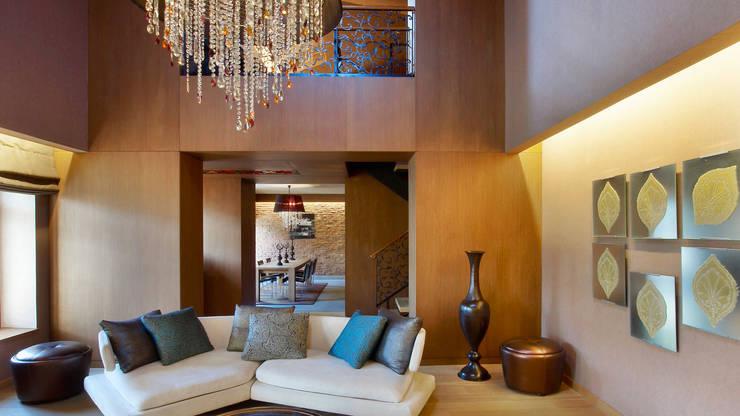 ROMANO DİZAYN – W HOTEL AKARETLER: modern tarz Yatak Odası