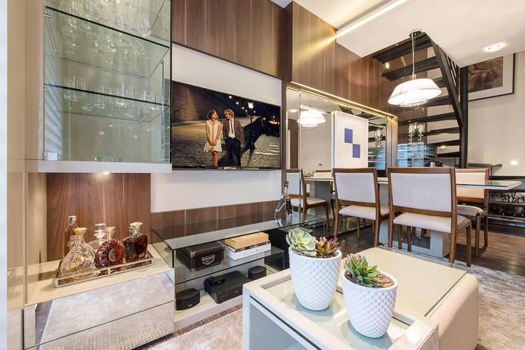 Salon de style  par Ana Cristina Avila Arquitetura e Interiores
