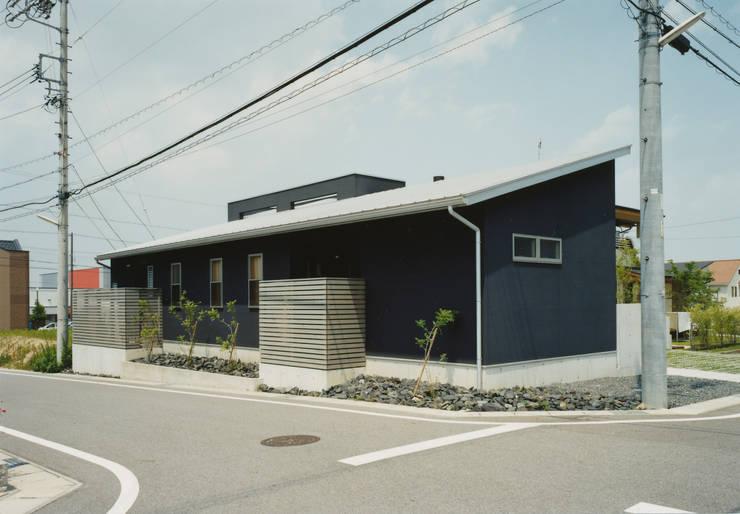 西側の外観 : アール・アンド・エス設計工房が手掛けた家です。,