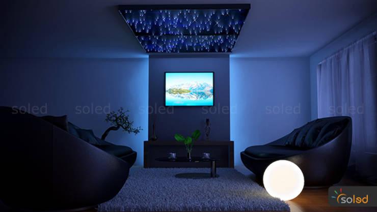 Gwiezdny panel na sufit – Optical Fiber Panels: styl , w kategorii  zaprojektowany przez SOLED Projekty i Dekoracje Świetlne Jacek Solka,Nowoczesny