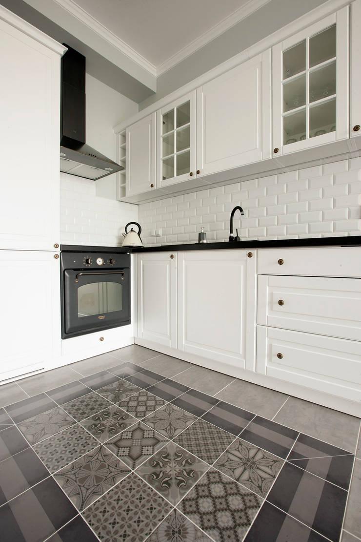 Jasnodworska - aneks kuchenny: styl , w kategorii Kuchnia zaprojektowany przez ABU Wnętrza,Skandynawski