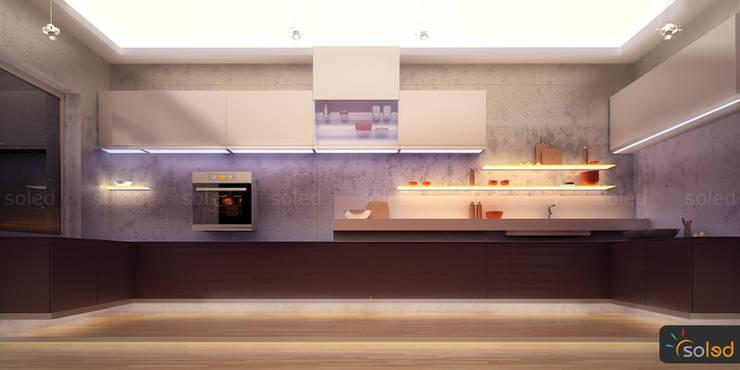 Półki szklane z podświetleniem LED – LED-illuminated shelves: styl , w kategorii Kuchnia zaprojektowany przez SOLED Projekty i Dekoracje Świetlne Jacek Solka