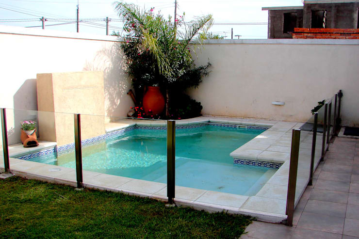 Pool by Piscinas Scualo