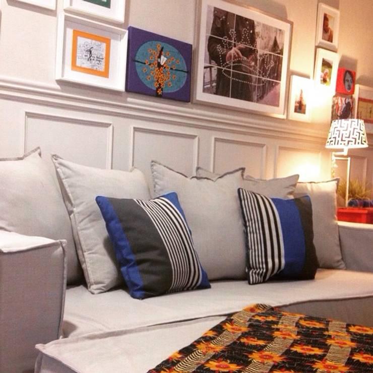 Dormitorios de estilo moderno de DAS