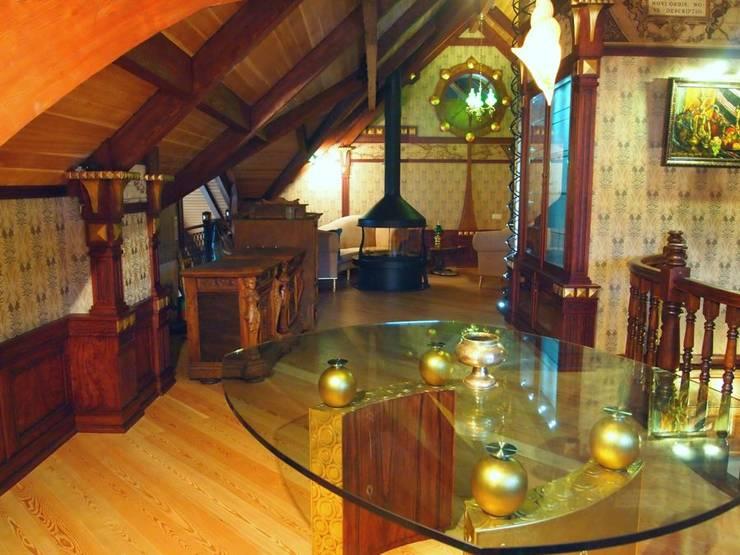 Мансарда: Гостиная в . Автор – Строев Михаил, Классический
