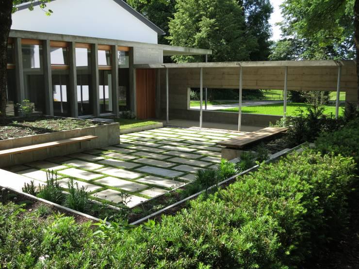Atriumgarten:  Garten von Christian Michel Gartengestaltung