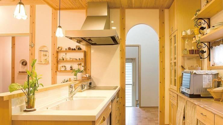 もみの木キッチン: 株式会社粋の家が手掛けたキッチンです。