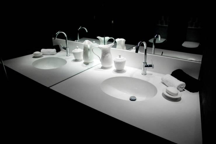 Av. México-Condesa: Baños de estilo  por Elías Arquitectura