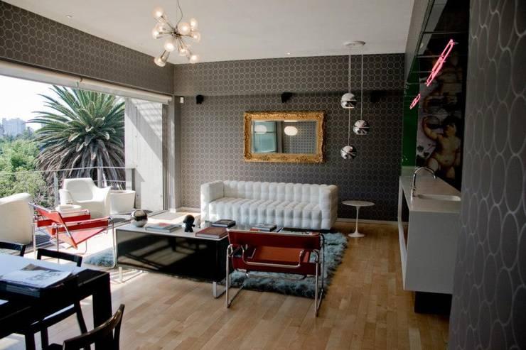 K.K. Apartment Casa Condesa: Salas de estilo  por Elías Arquitectura