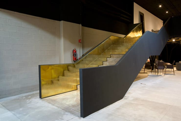 Casa Italia Boutique-Mexico City: Pasillos y recibidores de estilo  por Elías Arquitectura
