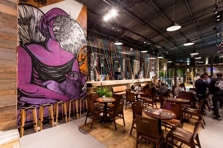 Bares y Clubs de estilo  por ArchDesign STUDIO