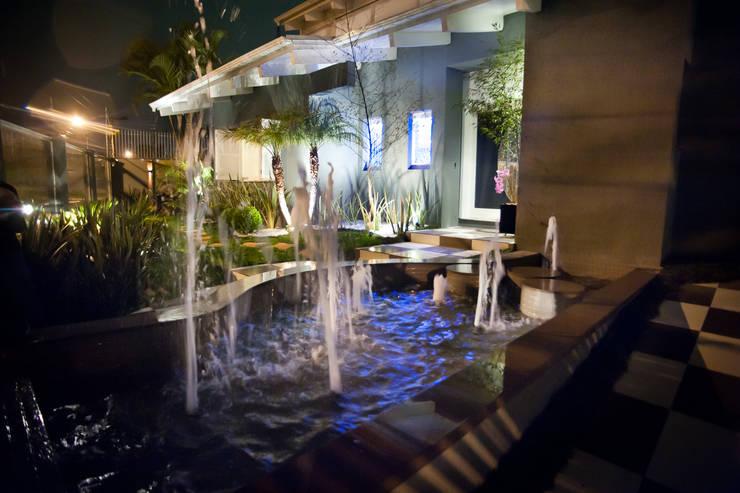 Ousado!: Jardins  por Paulinho Peres Group,