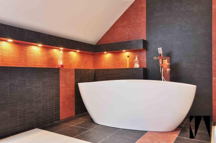 Łazienka w kolorach pustyni: styl , w kategorii  zaprojektowany przez Katarzyna Wnęk