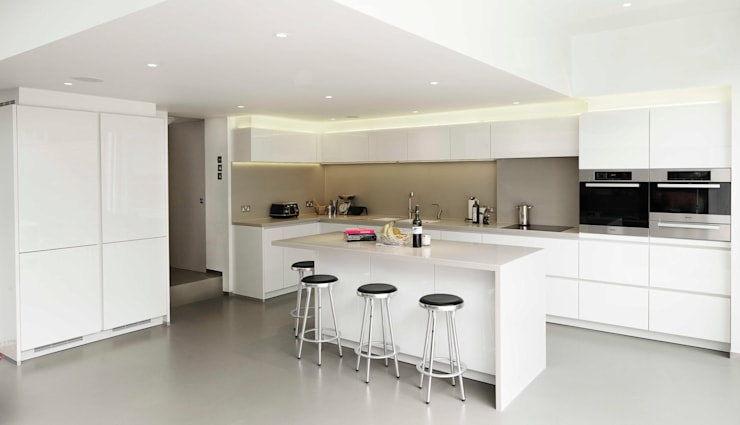Gretel House:  Kitchen by Simon Gill Architects
